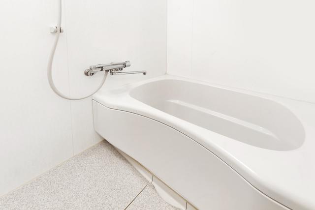 bathroom_pipe